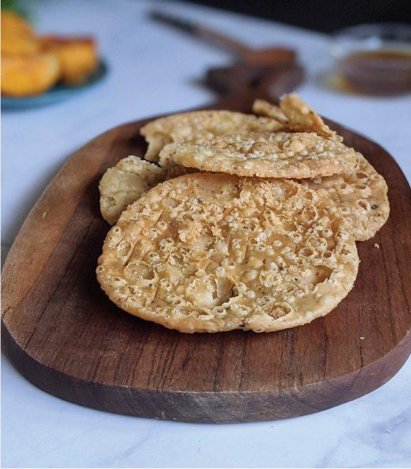 snack – khari puri 2