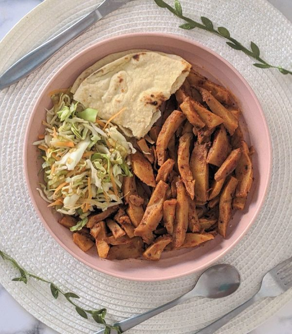 Poussin chips with naan and salad